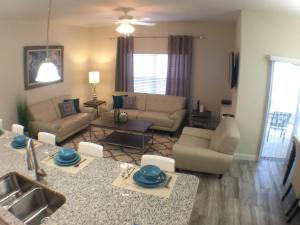 3130 Storey Lake - Wonder Vacation Homes, Дома для отпуска  Киссимми - big - 73