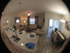 3130 Storey Lake - Wonder Vacation Homes, Дома для отпуска  Киссимми - big - 71
