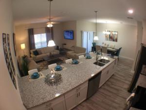 3130 Storey Lake - Wonder Vacation Homes, Дома для отпуска  Киссимми - big - 68