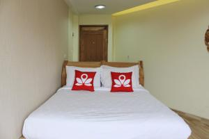 ZEN Rooms Mustang Sukajadi