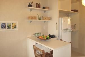 Apartamento 3 suites 150m Cond. Reserva Imbassai
