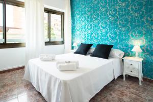 Enzo Fira Guest House