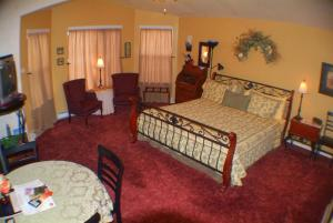 Castle Creek Bed and Breakfast, Panziók  Grand Junction - big - 8