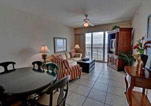 Front Layaway 15902, Holiday homes  Panama City Beach - big - 7