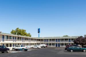 Motel 6 Reno - Virginia Plumb, Hotel  Reno - big - 1
