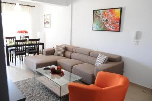 Kiti Deluxe Apartments, Apartmány  Kiti - big - 26