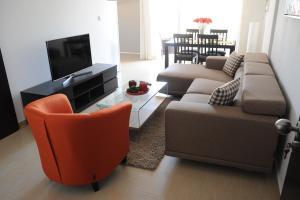 Kiti Deluxe Apartments, Apartmány  Kiti - big - 27
