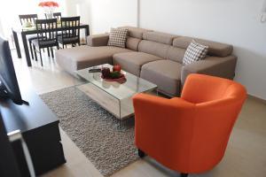 Kiti Deluxe Apartments, Apartmány  Kiti - big - 30