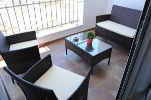 Kiti Deluxe Apartments, Apartmány  Kiti - big - 34