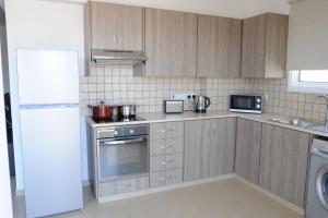 Kiti Deluxe Apartments, Apartmány  Kiti - big - 38