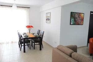 Kiti Deluxe Apartments, Apartmány  Kiti - big - 16