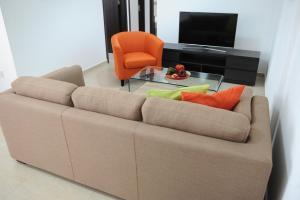 Kiti Deluxe Apartments, Apartmány  Kiti - big - 69