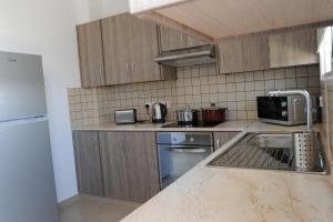 Kiti Deluxe Apartments, Apartmány  Kiti - big - 8