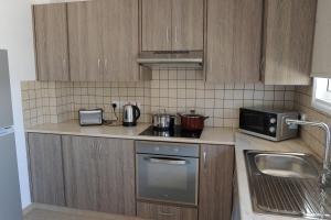 Kiti Deluxe Apartments, Apartmány  Kiti - big - 4