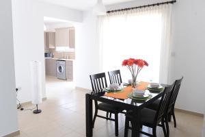 Kiti Deluxe Apartments, Apartmány  Kiti - big - 44