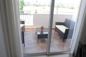 Kiti Deluxe Apartments, Apartmány  Kiti - big - 67