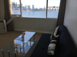 Windsor Apartment River Views