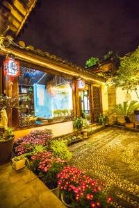 Dream Naxi Inn