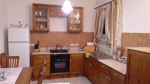 Cardona Flat, Apartmány  St Paul's Bay - big - 10