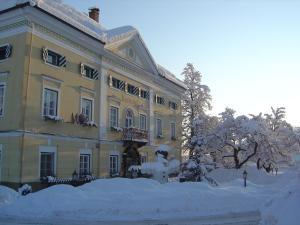 Biedermeier Schlössl Lerchenhof