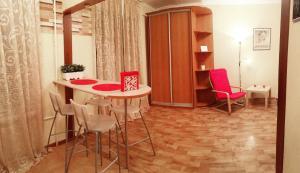Apartment Antonova-Ovseenko 11