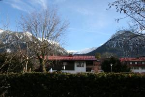 Alpenflair Ferienwohnungen Whg 303, Apartmány  Oberstdorf - big - 6