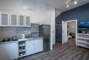 Green House - Two Bedroom Apartment