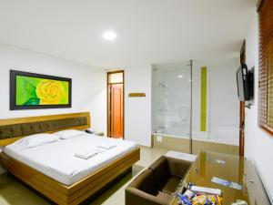 Итагуи - Hotel Monarca