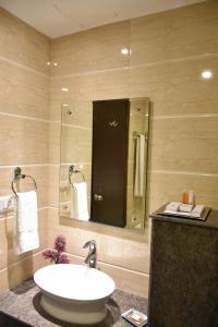 Hotel HBL International, Hotels  Gurgaon - big - 24