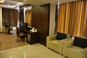 Hotel HBL International, Hotels  Gurgaon - big - 27