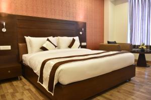 Hotel HBL International, Hotels  Gurgaon - big - 10