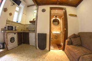 Underground Rome's Room, Апартаменты  Рим - big - 3