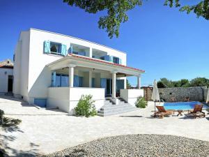Holiday home For 6 Spirini Dvori