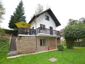Holiday home Tuhrb, Case vacanze  Lhenice - big - 1