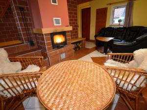 Holiday home Tuhrb, Case vacanze  Lhenice - big - 19