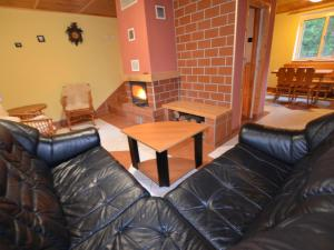Holiday home Tuhrb, Case vacanze  Lhenice - big - 18