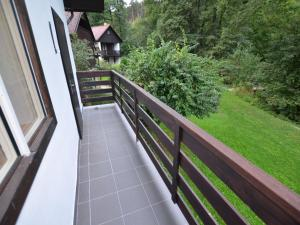 Holiday home Tuhrb, Case vacanze  Lhenice - big - 5