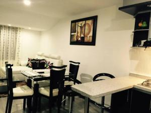 Apartamento Amoblado Quinta Paredes