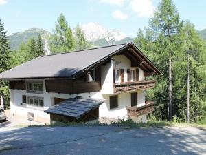 Holiday home Alpina I