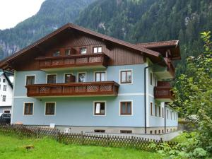 Holiday home Bad Gastein I