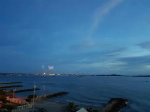 Espectaculares Vistas, Edificio Nautilus, Barrio El Laguito., Апартаменты  Картахена - big - 18