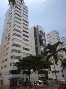 Espectaculares Vistas, Edificio Nautilus, Barrio El Laguito., Апартаменты  Картахена - big - 56