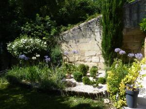 Mascarisle, Bed & Breakfasts  Libourne - big - 37