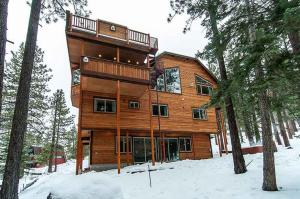 7 Bedroom/6.5 Bath 5700 Sq Ft Vacation Rental, Case vacanze  South Lake Tahoe - big - 14