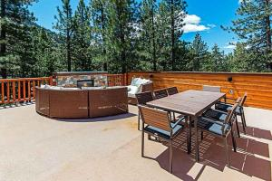 7 Bedroom/6.5 Bath 5700 Sq Ft Vacation Rental, Case vacanze  South Lake Tahoe - big - 16