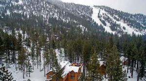 7 Bedroom/6.5 Bath 5700 Sq Ft Vacation Rental, Case vacanze  South Lake Tahoe - big - 46