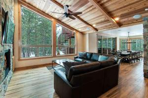 7 Bedroom/6.5 Bath 5700 Sq Ft Vacation Rental, Case vacanze  South Lake Tahoe - big - 10