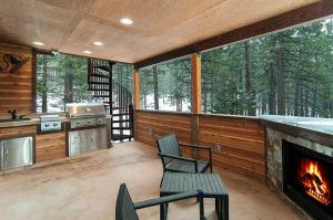 7 Bedroom/6.5 Bath 5700 Sq Ft Vacation Rental, Case vacanze  South Lake Tahoe - big - 8