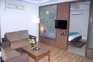 Antra Hospitality Bodakdev Thaltej