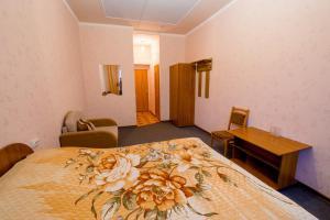 Гостиница Три Пескаря (Tri Peskarya Hotel)